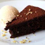 Torta al cioccolato senza burro, né uova