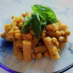 Disintossicarsi mangiando: pasta integrale con crema di zucca e ceci